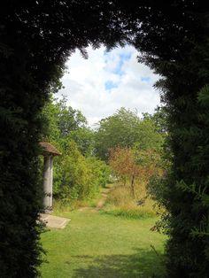 sisinghurst gardens england | Sissinghurst Castle Gardens, England
