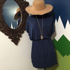 Cute navy lush dress This dress is in excellent used condition and very flattering! Please bundle for a better price! Lush Dresses Midi