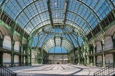 The Grand Palais Nave is yours, exceptional visit of the Grand Palais Nave in Paris Fondation Louis Vuitton, Claude Monet, Monuments, Barack Obama, Cool Places To Visit, Places To Travel, Grand Palais Paris, Ville New York, French Architecture