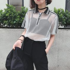 MESH WHITE BLACK SPORTISH CROP TOP RING FRONT ZIPPER POLO T-SHIRT