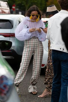 The best street style from copenhagen fashion week 2019 68 ideas fashion vogue sketches haute couture Street Style Chic, Looks Street Style, Cool Street Fashion, Looks Style, Street Style Women, Danish Street Style, Urban Street Style, Street Look, Vogue Fashion
