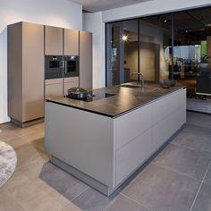 Kitchen Room Design, Kitchen Cabinet Design, Modern Kitchen Design, Kitchen Layout, Home Decor Kitchen, Kitchen Interior, Bar Design, House Design, Design Ideas