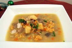Rybí vánoční polévka Fish Soup, Goulash, Cheeseburger Chowder, Thai Red Curry, Stew, Meat, Ethnic Recipes, Food, Chowder