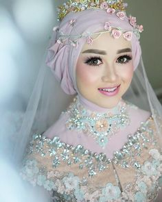 "3,387 Suka, 29 Komentar - Makeup,Gaun/Kebaya,PrivatClass (@radenannisabrides) di Instagram: ""korean look for Irina 💕"" Hijabi Wedding, Muslimah Wedding Dress, Hijab Bride, Wedding Bride, Wedding Dresses, Wedding Beauty, Wedding Makeup, Dream Wedding, Korean Look"