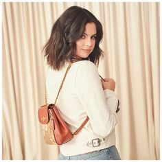 Uploaded by leralera. Find images and videos about style, selena gomez and celebrity on We Heart It - the app to get lost in what you love. Selena Gomez Coach, Selena Gomez Style, Selena Gimez, Rihanna, Selena Gomez Photoshoot, Selena Gomez Wallpaper, Gta San Andreas, Alex Russo, Rebel Fashion