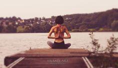 Vor ein paar Tagen habe ich mich mit einer Freundin über Meditationen unterhalten und darüber, ob sie wohl etwas bringen oder nicht. Sie schilderte mir, da