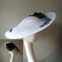 Elegant lace embellished hatinator, a statement piece. Also available on a smaller disk - http://www.byharriet.co.uk/fascinators