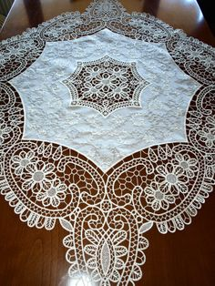 Point Lace, Crochet Tablecloth, Crochet Designs, Needlework, Decoupage, Embroidery, Handmade, Angeles, Romanian Lace