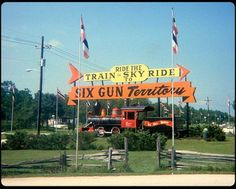 Located across the street from Silver Springs in Ocala, FL) was Six-Gun Territory. This theme park re-created a century western. Vintage Florida, Old Florida, State Of Florida, Central Florida, Marion County Florida, Sky Ride, Maggie Valley, Roadside Attractions, Sunshine State