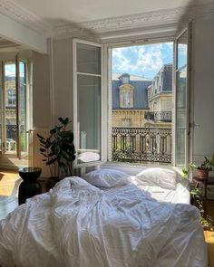 Dream Rooms, Dream Bedroom, Room Ideas Bedroom, Bedroom Decor, Bedroom Plants, Bedroom Bed, Wall Decor, Paris Apartments, Dream Apartment