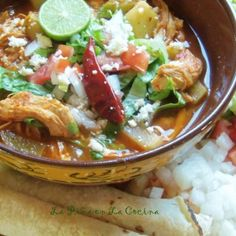 I took my favorite ingredients from chicken enchiladas and prepared a soup. Chicken enchilada soup with chayotes, my favorite squash to cook with. It holds up to long cooking times with becoming to… Chile Colorado, Chayote Recipes, Pork Recipes, Spinach Recipes, Chicken Enchilada Soup, Chicken Enchiladas, Mexican Dishes, Mexican Food Recipes, Ethnic Recipes