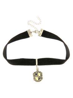 Harry Potter Hufflepuff Black Velvet Choker | Hot Topic