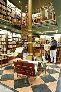 ¿Cuáles son las librerías con más historia en Madrid? Best Hotels In Madrid, Places To Travel, Places To Visit, Madrid Travel, Foto Madrid, Andalucia, Trip Planning, Europe, Vacation