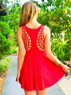 Love the back of this dress, in red - great geometric detail, and pretty too