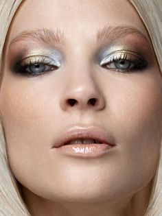 "Dramatic Eye Makeup Looks to Die For Metallics: ""mixed metals"" and nude glossy lips. 15 Dramatic Eye Makeup Looks to Die For Makeup Fx, Fall Makeup, Makeup Brushes, Beauty Makeup, Winter Makeup, Makeup Eyeshadow, Cream Eyeshadow, Gold Eyeshadow, Eyeshadow Tips"