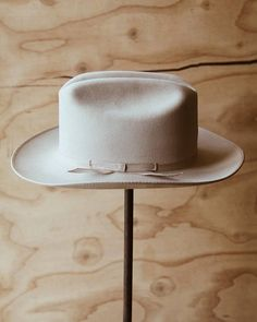 6c3ff6babaf47 OPEN ROAD John B. Stetson Silver Belly 4X XXXX Fur Felt Hat Made in the  U.S.A.
