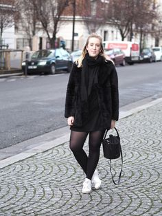 Paris Fashion Week – Sweatshirt Dress