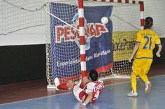 El Poio FS da la sorpresa y vence en casa del AD Alcorcón 1-4. Las jugadoras que dirige Marcio Santos se acercan al objetivo de la salvación en su primer año en la máxima categoría a costa del tercer  clasificado.