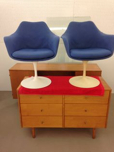 Pair of tulip chairs, we have a table as well !!