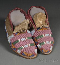 Plains Beaded Hide Youth's Moccasins | Sale Number 2563B, Lot Number 180 | Skinner Auctioneers