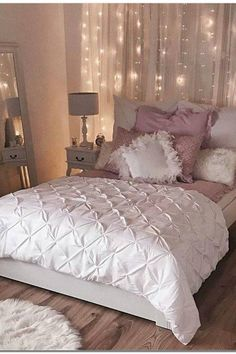 Bedroom Decor. All of the bedroom styling ideas you will ever need. Find your look and make your dream bedroom regardless of how much the budget, style or size of your room. Remodelling your bedroom on your shoestring budget feels like a dilemma, this does not have to be. 99841151 Diy Bedroom Decor Ideas