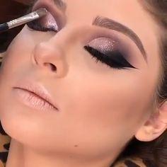 Atemberaubende Make-up-Tutorials! - Make-up tips - Makeup Makeup Eye Looks, Beautiful Eye Makeup, Eye Makeup Tips, Eyebrow Makeup, Makeup Videos, Skin Makeup, Eyeshadow Makeup, Awesome Makeup, Liquid Makeup