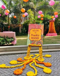 Top Wedding Decor Trends that will Rage in Pantone announced Living Coral as the Color of So, Choose your color wisely and make a noise with trending list of Wedding Decor From hanging lights, quirky decor centerpieces here is the best of all season! Mehndi Ceremony, Wedding Mehndi, Wedding Mandap, Mehndi Party, Wedding Receptions, Indian Wedding Ceremony, Desi Wedding Decor, Wedding Stage Decorations, Flower Decorations