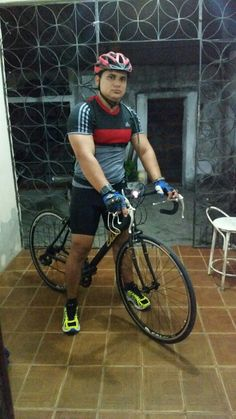 Mais  um  pedal!!!! Academia Smart Fit, Pedal, Bicycle, Fitness, Bicycle Kick, Bike, Trial Bike, Keep Fit, Bicycles