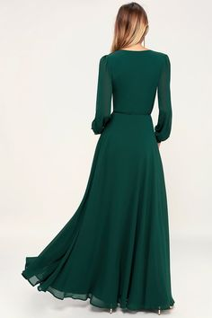 It's easy to be swept away by the romance of the Lulus My Whole Heart Emerald Green Long Sleeve Wrap Dress! Long sleeve wrap maxi dress with round button deets. Emerald Green Dress Long, Emerald Green Dresses, Maxi Wrap Dress, Maxi Dress With Sleeves, Long Sleeve Formal Dress, Bridesmaid Dresses Online, Bridesmaid Dresses Long Sleeve, Maid Of Honour Dresses, Long Maxi Skirts