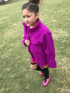 Yay! Pink Panthers won today 4-1, it was horrible weather to play in! Freezing rain cold and windy! So proud of my Scar's defense work! She's amazing and doesn't mind getting dirty haha! ⚽️⚽️⚽️