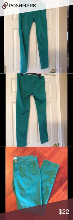 BP from Nordstrom SALE 🎉💕SKINNIES in Jade Green Gently Worn SKINNIES made by Love Fire from BP in Nordstrom. Junior size 9 in stretchy cotton blend perfect for now thru summer. Smoke and Pet Free Home. Price FIRM Love Fire from BP at Nordstrom Jeans Skinny