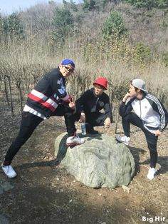 BTS: Taehyung, Jimin and Hoseok on a spring walk ☺️