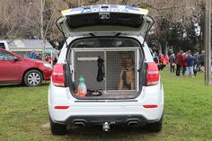 https://flic.kr/p/26oVMu5 | KLF 477 | 2017 Holden Captiva LT. Following the demise of the Australian built Holden Commodore, the Captiva is the replacement dog vehicle for the New Zealand Police. This example is based in Timaru and features recently graduated police dog Saba in residence.