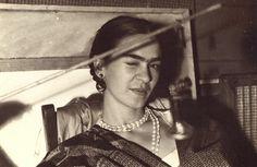 Bloch, Lucienne - Frida Kahlo (1933)
