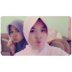 Dewi and Putri 3