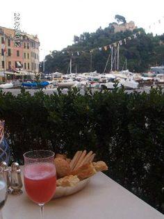 Portofino, Italy Price Book, Great Restaurants, Pure Beauty, Trip Advisor, Alcoholic Drinks, Portofino Italy, Pure Products, Vacation, Places