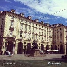 """#Torino raccontata dai cittadini per #inTO. Foto di cristina_ska """" #piazze #torino #torinocentro #estate #comune"""
