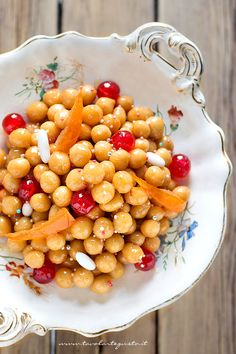 Struffoli, the Original Recipe Neapolitan stepper - Recipe Struffoli