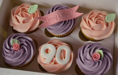 pink cupcake | Little Paper Cakes