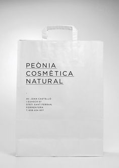 Designspiration — Peònia Cosmètica Natural on Branding Served