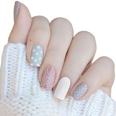 Cozy sweater nails by ❄️😍 Holiday Nail Designs, Nail Designs Spring, Holiday Nails, Pretty Nail Designs, Pretty Nail Art, Nail Art Designs, Christmas Friends, Nail Design Video, Sweater Nails