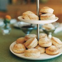 Add a little bit of English flair anytime with these Sweet Cream Biscuits @rachaelraymag  rachaelraymag.com