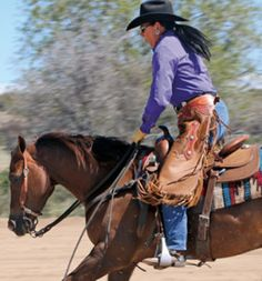 At Paint and Quarter Horse shows across the country, it's hard to miss the fact that Ranch Riding classes, formerly known as Ranch Horse Pleasure, are drawing huge numbers. Horseback Riding Tips, Horse Riding Tips, Horse Tips, Cute Horses, Horse Love, Beautiful Horses, Cute Horse Pictures, Cowgirl Pictures, Training Exercises