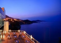 Hotel Bellevue in Dubrovnik - Terrace View - Unwind whilst looking out into the Adriatic sea
