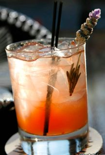 lavanda ahumada - del maguey mezcal · st. germain · limonada · lavender syrup