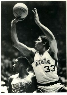 Magic Johnson - Michigan State College Basketball, Basketball Court, Magic Johnson, Michigan State Spartans, Los Angeles Lakers, Sport Girl, All Star, Black Art, Nba