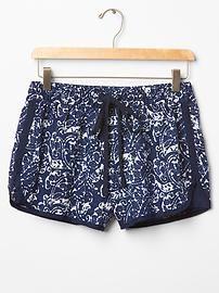 linen print surf shorts   gap