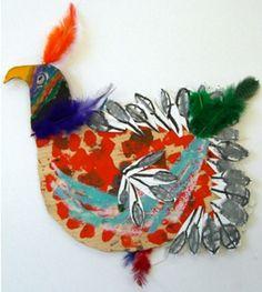 Pájaros Reciclados: http://www.manualidadesinfantiles.org/pajaros-reciclados/