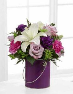10 Graduation Flowers Ideas Graduation Flowers Flowers Floral Arrangements