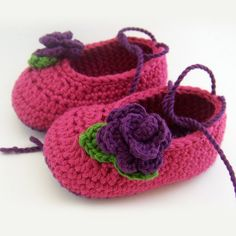 Free Pattern for the Flower on the Baby Ballet Flats.